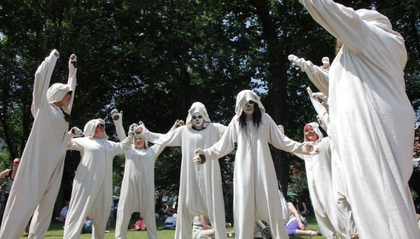 Choreographer of Jeff Koons flashmob (2013)
